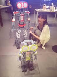 梨衣名 ロボット 画像