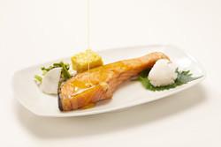 焼き鮭 画像