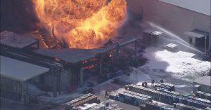 工場火災 画像