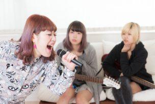 SHOW-YA ものまね 岡井千聖 歌が上手い 画像